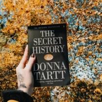 https://ahistoryofcrows.wordpress.com/2020/12/16/the-secret-history-donna-tartt/